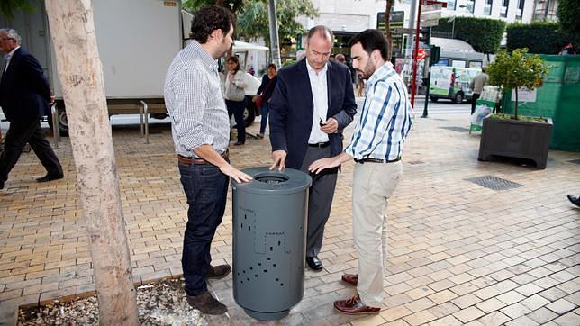Acciona-Grupo Generala renueva y amplía las papeleras de Almería